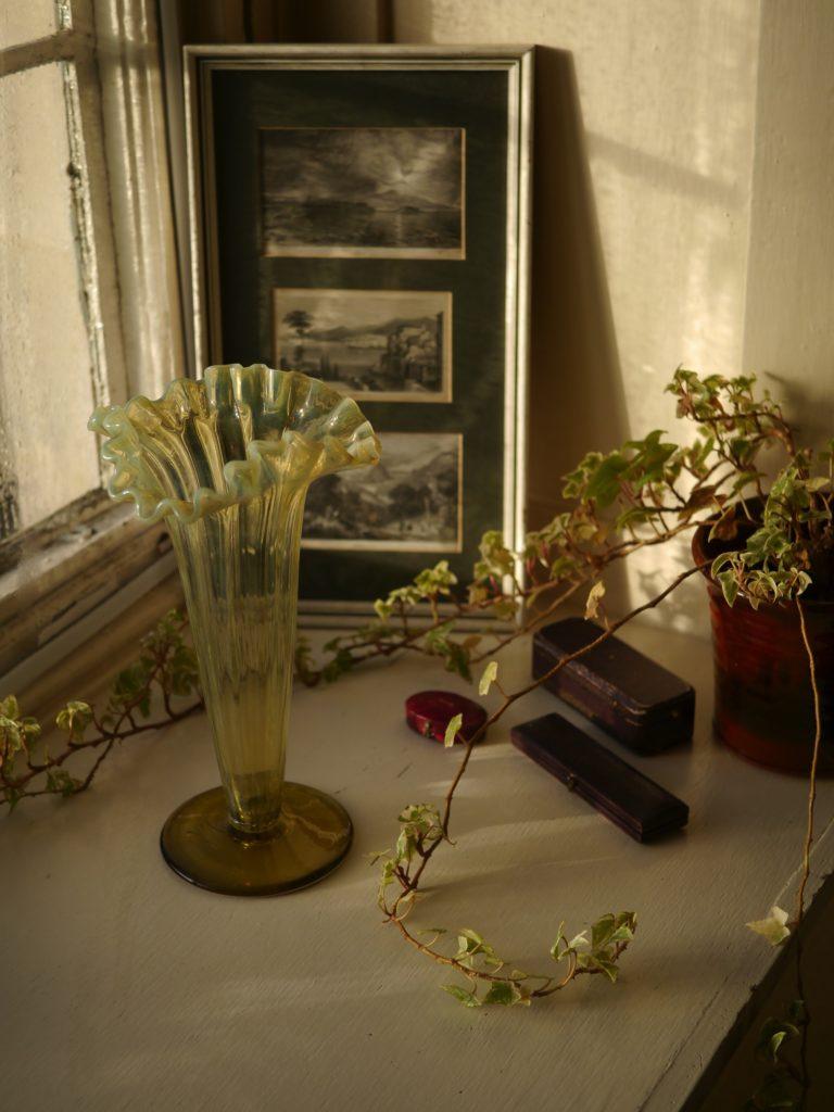アンティーク 花瓶 吹きガラス