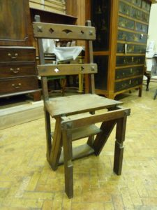Metamorphic Library Chair1