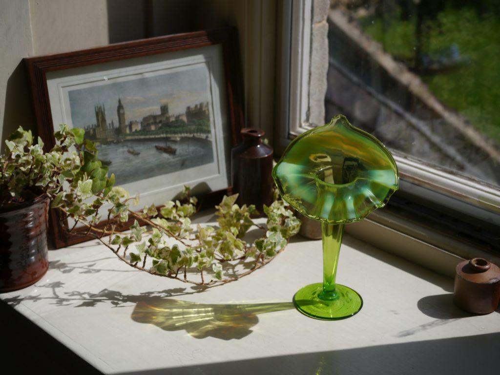 アンティーク ガラス 花瓶